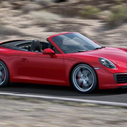 Porsche 911 Convertible 2017