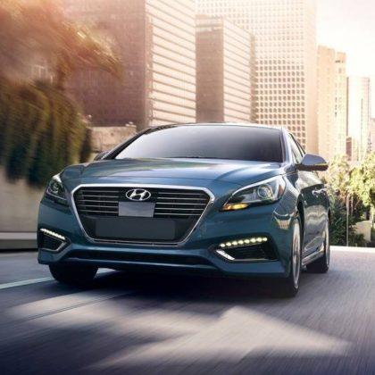 2017 Hyundai Sonata Hybrid Sedan
