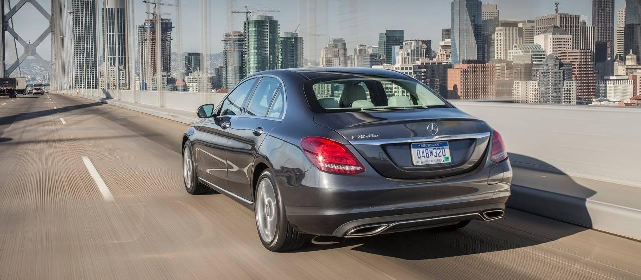 2017 mercedes benz c class sedan for Mercedes benz e class lease price
