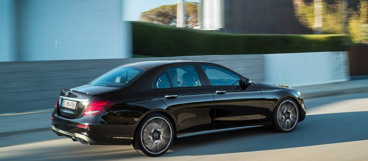 Mercedes benz lease specials lease a mercedes benz 2014 for Mercedes benz contact us